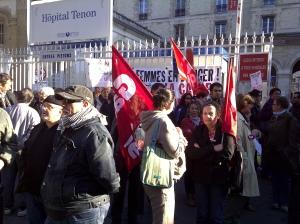 Manifestation pro-choix devant le centre IVG Tenon